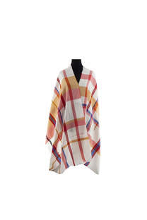 Modelo #12 Mantón blanco-rojo de acrílico frizado desflecado.  Medidas: 75 cm x 200 cm -