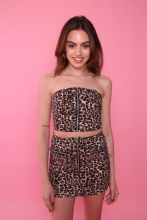 Conj. Top + Mini c/ cierre animal print -