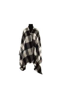 Modelo #37 Mantón negro-gris de acrílico frizado desflecado.  Medidas: 70 cm x 180 cm -