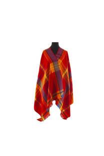 Modelo # 5 Mantón rojo-naranja de acrílico frizado desflecado.  Medidas: 75 cm x 200 cm -