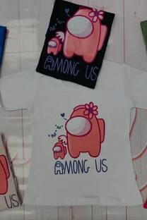 Remera Amoung us -