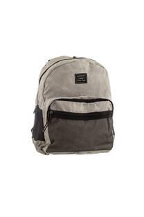 Mochila escolar reforzada de tela. Posee cable USB, bolsillo porta notebook, bolsillos internos, laterales y frontal con cierre.  Medidas: 40 cm x 30 cm -