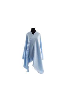 #ML3 Mantón premium de lana frizado celeste, con flecos.  Medidas: 70 cm x 200 cm. -