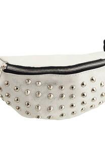 Riñonera metalizada con múltiples tachas con tira regulable con broche.  Medidas: 30 cm x 12 cm -
