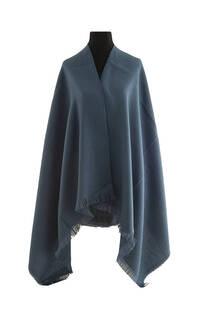 #ML09 Mantón liso premium frizado de lana desflecado  Medidas: 75 cm x 200 cm. -