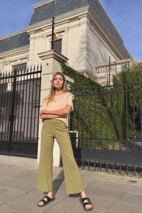 Pantalon palazo de lino con botones -
