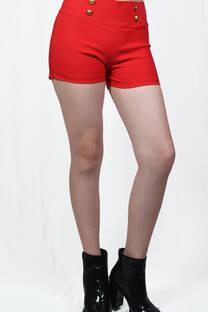 Short con botones en cintura -