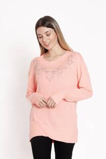 sweater lycra con estras flor pecho -