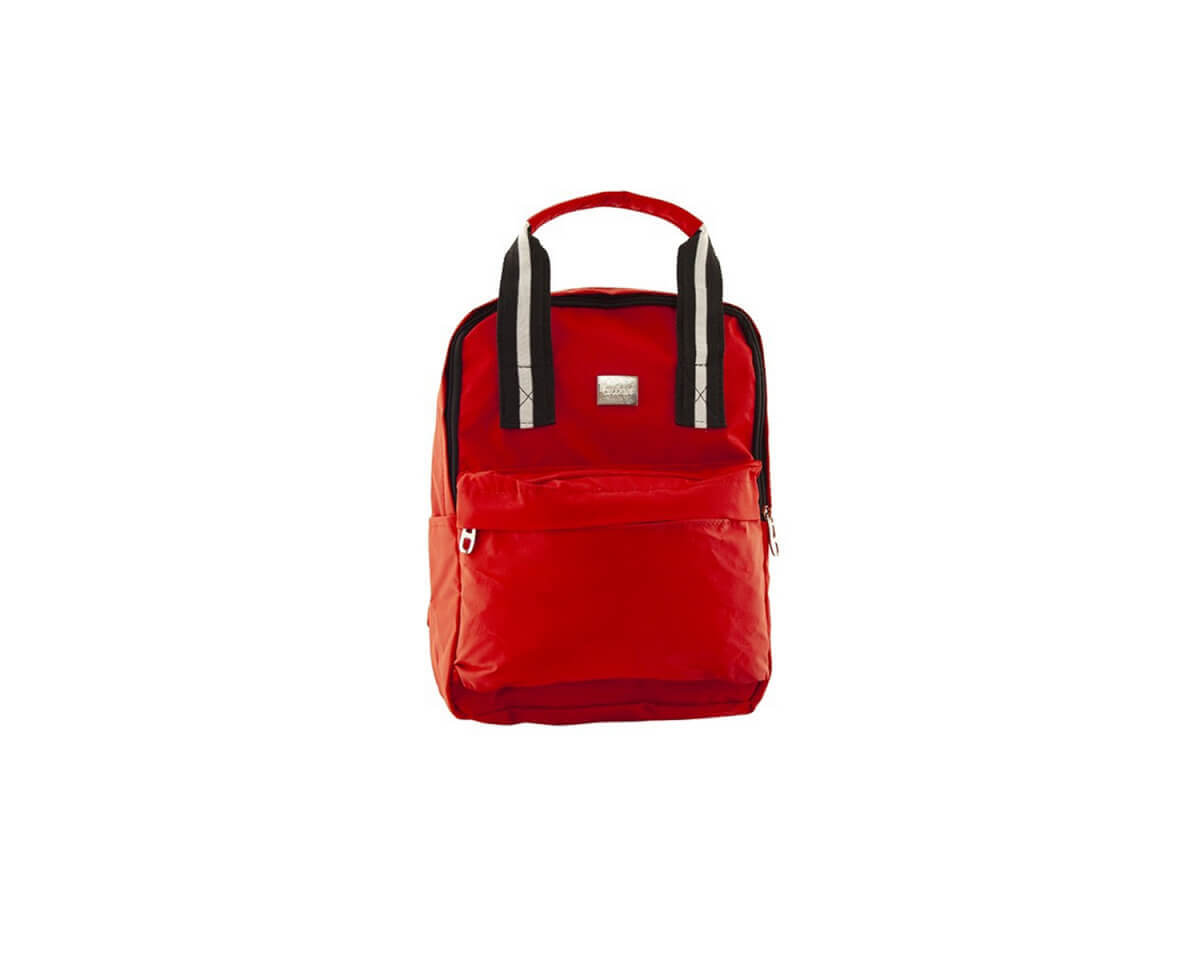 Imagen carrousel Mochila tela impermeable con bolsillo interno, frontal y trasero lateral con cierre. Manija de agarre y tiras regulables.  2